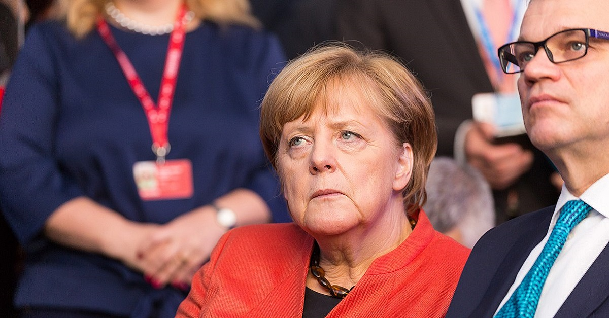 Angela Merkel Reicht Rücktritt Ein